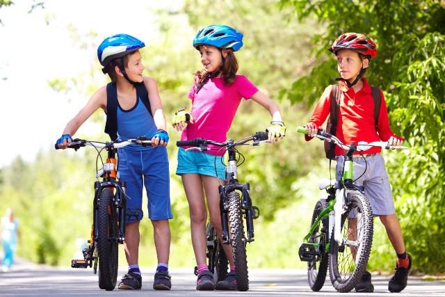 Η ποδηλασία αγάπης εμψυχώνει την ΕΛΠΙΔΑ